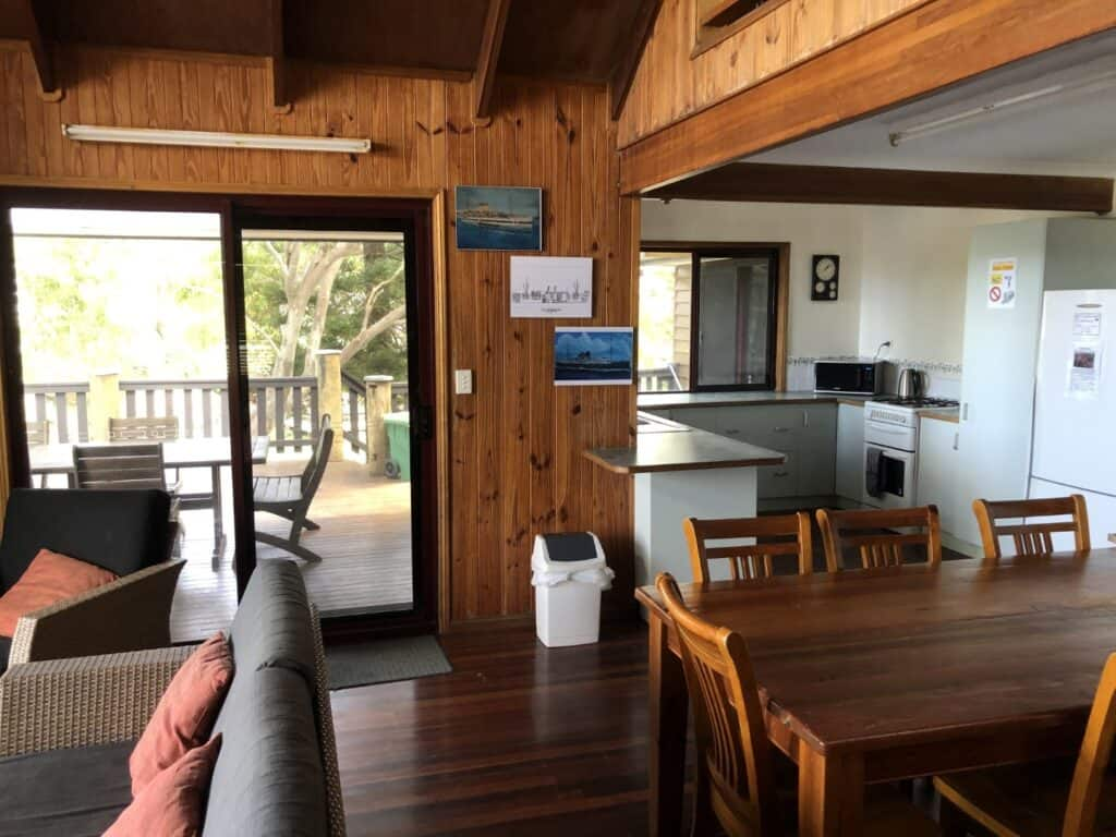 Fraser Island Accommodation Happy Valley - Salty Towers